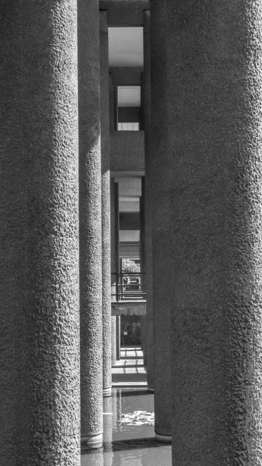 Supports. Barbican Centre, London. Pentax Q.