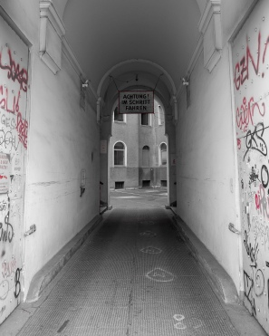 Viennese alleyway