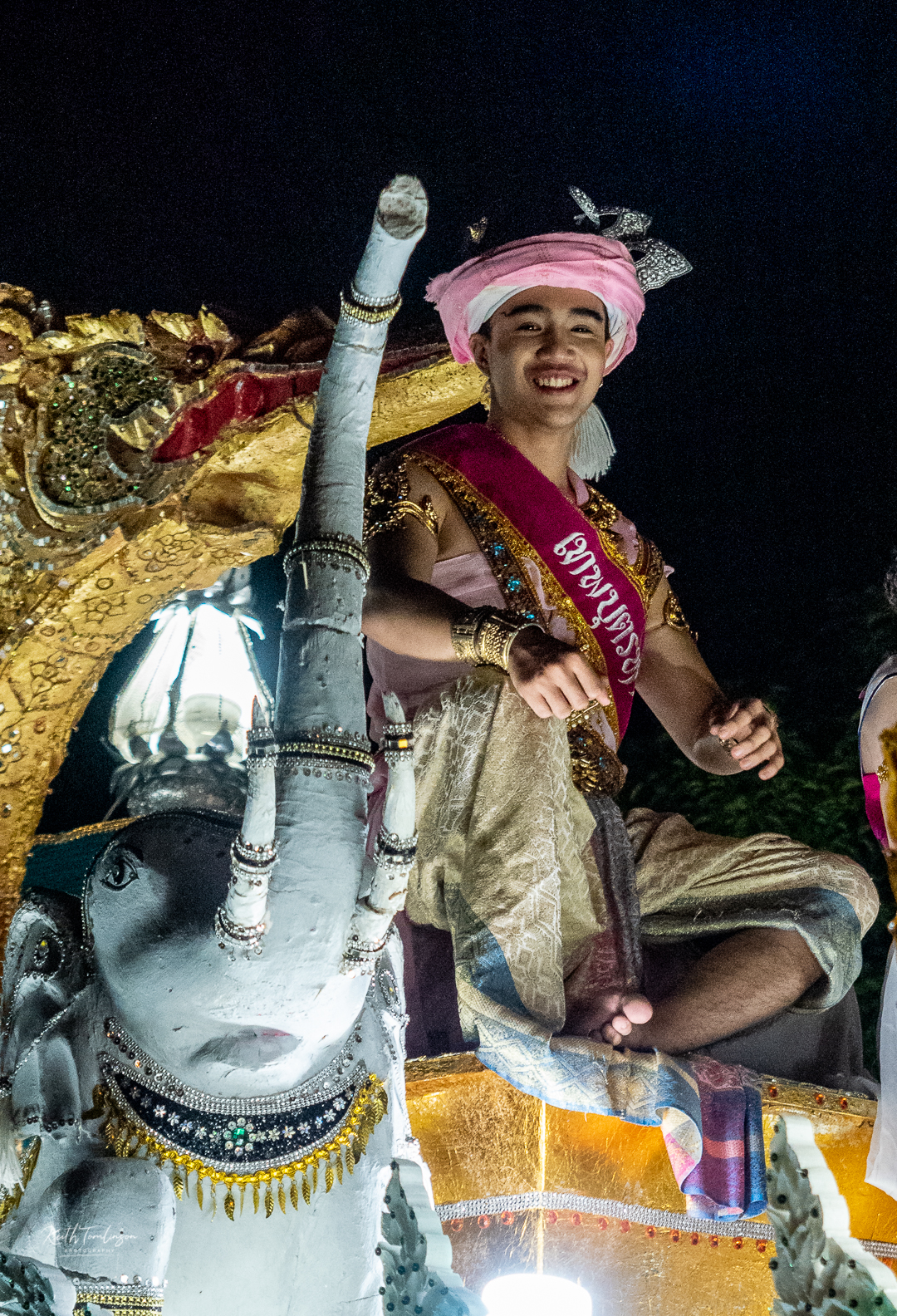 Loy Krathong Float King