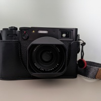 My favourite (and not so favourite) accessories for my X100V
